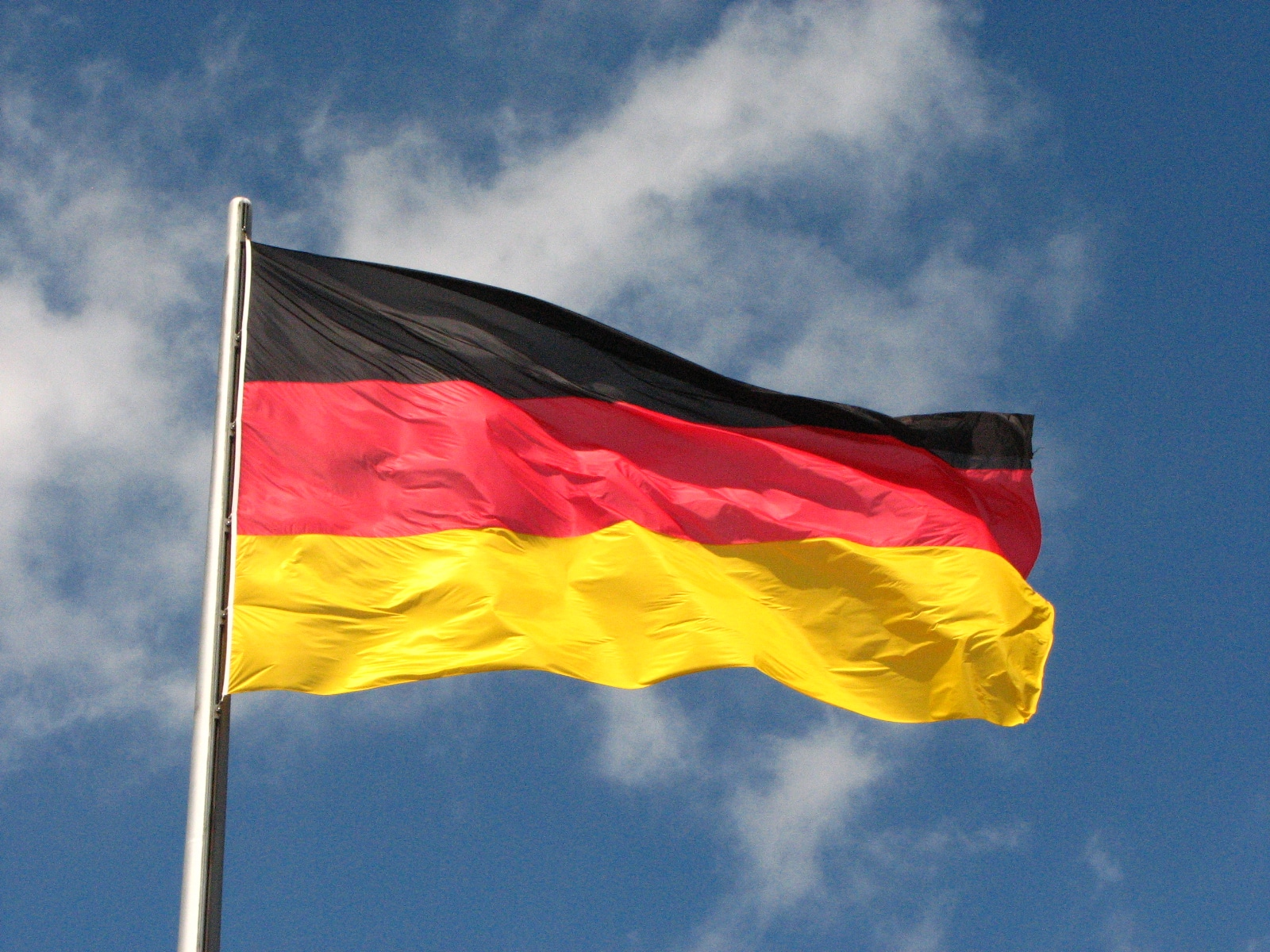 Real estate company in Germany posted $24M bond in Stellar blockchain